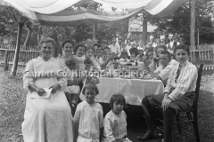 0064-Swauger-Family-44B2A4