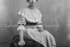 0885-Portrait-Woman-885