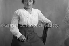 0951-Portrait-of-Woman-951