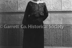 0970-Portrait-of-Woman-970