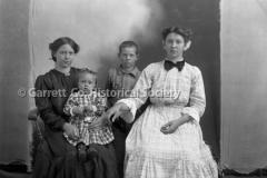 0975-Mother-Children-975