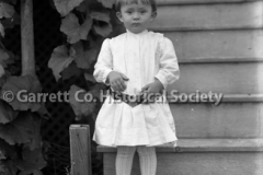 0976-Portrait-Child-44B62B