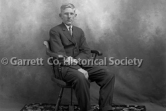 1068-Portrait-Ernest44B8C0