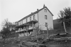 1118-Large-House-Fam44B901