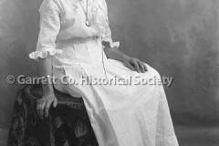 1200-Portrait-Woman-38A