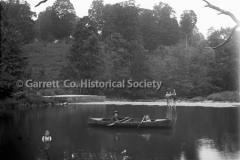 1210-Canoeing-on-Cas44B960