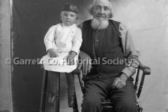 1233-Portrait-Elderl44B976