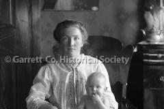 1238-Portrait-Mother44B97B