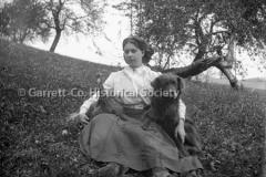 1267-Portrait-Woman-44B99A