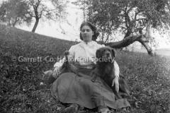 1271-Portrait-Woman-44B99E