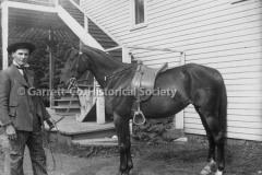 1427-Man-with-Horse-44BA3E