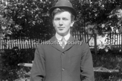 1429-Young-Man-in-Hat-283A