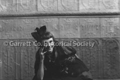 1455-Portrait-Young-44BA5A