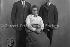 1754-Family-Portrait-599A