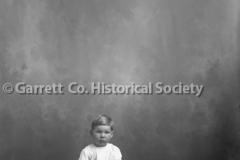 1788-Child-on-Stool-633A