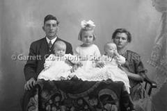 0113-Warnick-Family-44B2D6