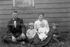 0171-Family-Portrait-151