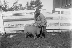 1695-Man-Sheep-552A
