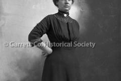 1705-Portrait-Woman-562A