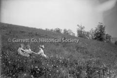 1857-Children-in-Gra44BC5F