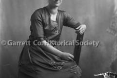 1898-Portrait-Woman-758A