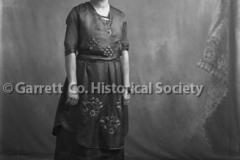 1901-Portrait-Woman-761A