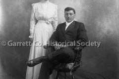 1916-Portrait-Young-44BCB1
