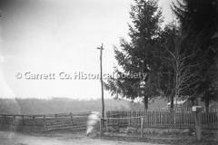 1940-Picket-Fence-44BE9E