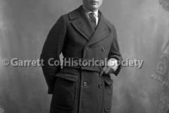 2047-Man-in-Overcoat-905A
