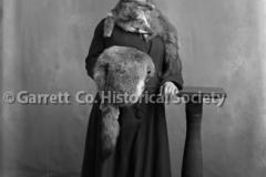 2105-Woman-Fox-Fur-44BF80