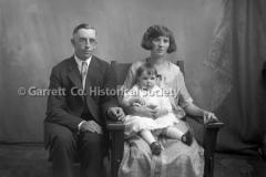2161-Family-Portrait-22B