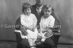 2164-Portrait-Father44BFE5