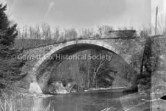 2305-Bridge-Badly-Ye44C072