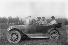 2365-Three-Men-in-Car-225B