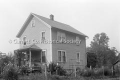 2512-Amish-Home-24C