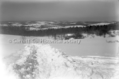 2557-Snow-on-Custer-44B132