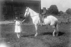 0251-Children-Horse-250