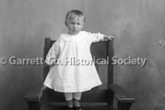 2621-Child-in-Chair-135C