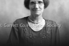 2644-Portrait-Woman-158C