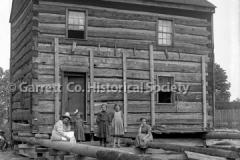 2726-Moving-Log-House-261C