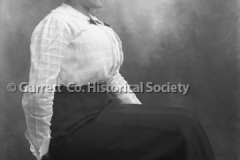 2732-Seated-Woman-267C