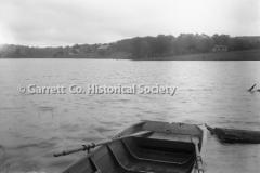 0482-Boat-and-Lake-482