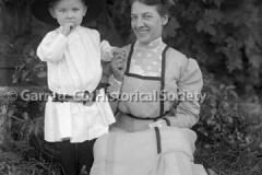 0410-Portrait-Mother44B439