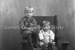0611-Portrait-2-Chil44B690
