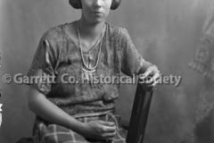 0690-Portrait-Woman-690