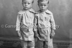 0703-Portrait-Twin-B44B5E2