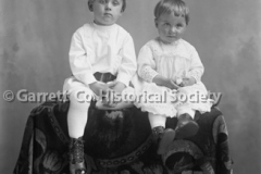 0775-Two-Small-Child44B6D9