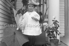 0792-Child-with-Toys-792